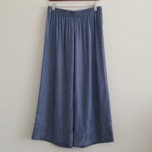 NWT {DREW} Navy & White Pinstripe Cropped Pants